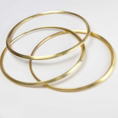 Oblique Bangle in 18ct Gold