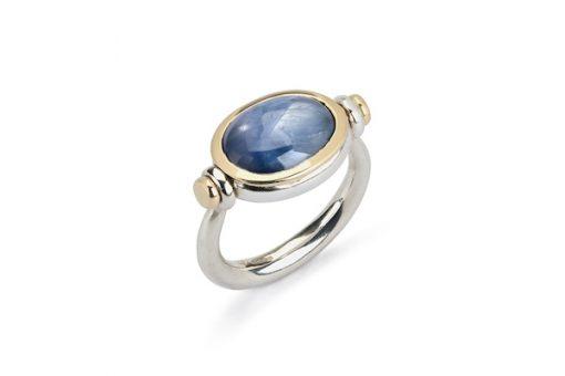 Saphire Pivot Ring