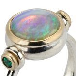 Vivid multi flash opal